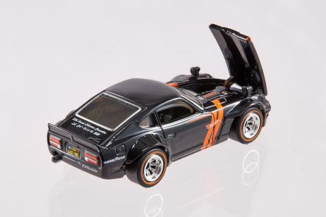 35th-Hot-Wheels-Convention-Custom-72-Datsun-240Z-002
