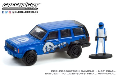 GreenLight-Collectibles-The-Hobby-Shop-12-2001-Jeep-Cherokee-Sport-Mopar-Off-Road