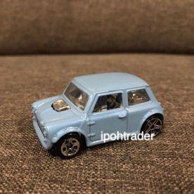 Hot-Wheels-2022-Austin-mini