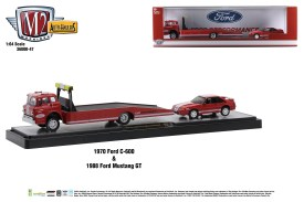 M2-Machines-Auto-Haulers-release-47-1970-Ford-C600-Truck-1988-Ford-Mustang-GT