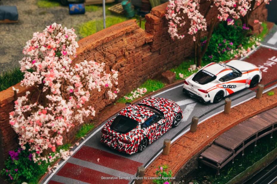 Tarmac-Works-X-Kyosho-Toyota-GR-Supra-003