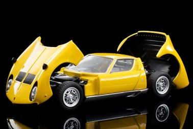 Tomica-Limited-Vintage-Neo-Lamborghini-Miura-SV-Jaune-010
