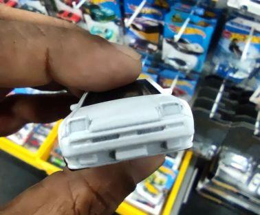 Hot-Wheels-2022-Toyota-AE86-Sprinter-Trueno-005