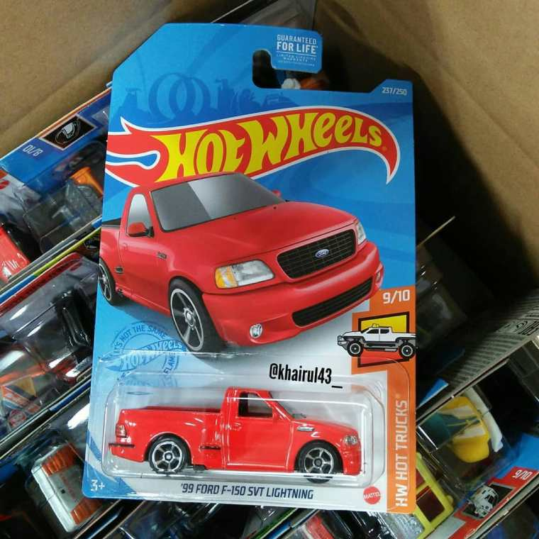 Hot-Wheels-Mainline-2021-Ford-F-150-Lightning-001