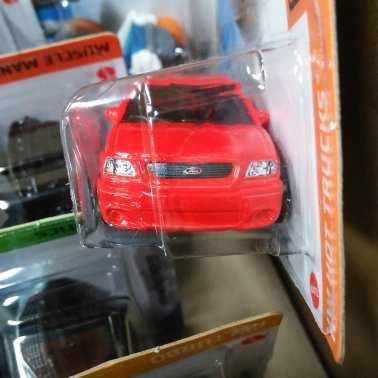 Hot-Wheels-Mainline-2021-Ford-F-150-Lightning-003