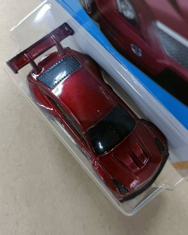 Hot-Wheels-Mainline-2022-16-Cadillac-ATS-V-R-005