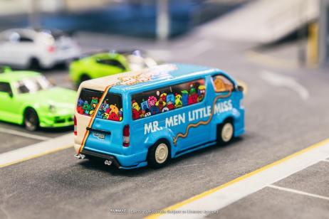 Tarmac-Works-Toyota-Hiace-Widebody-Mr-Men-Little-Miss-50th-Anniversary-003