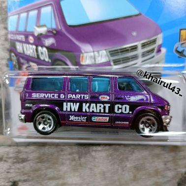 Hot-Wheels-Mainline-2022-Dodge-Van-002