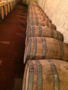 vin-medoc-barriques (2)