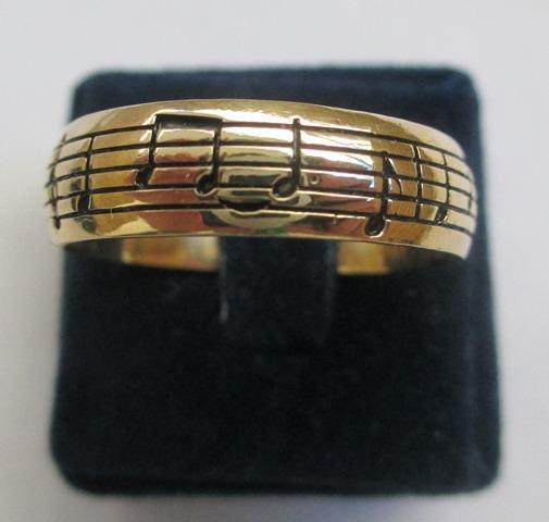 Par de Alianças de Namoro Notas Musicais Boleada Banho de Ouro*