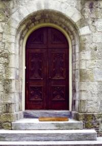 Decorative Front Doors: A Look at Entryway Architecture