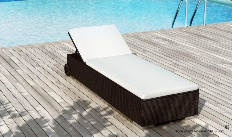 lit de piscine en resine tressee chocolat siesta