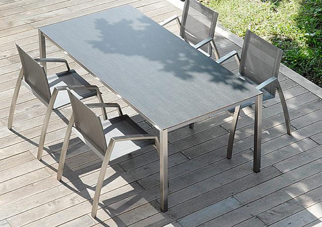 table de jardin en inox brosse et