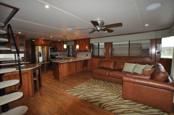 Updating your outdated interior Tips From The Experts  Houseboat Magazine
