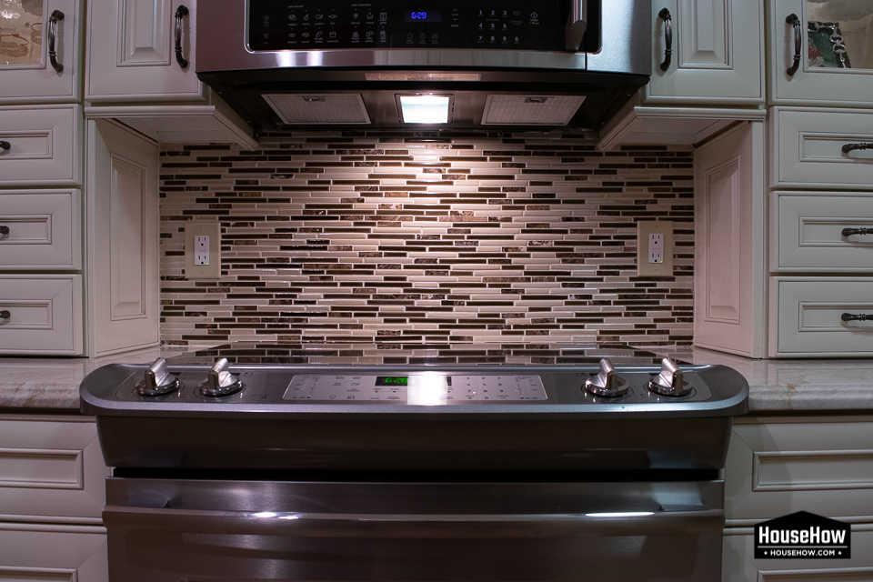 does backsplash tile go on drywall