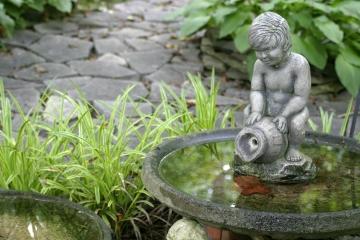 Garden_Fountain.jpg