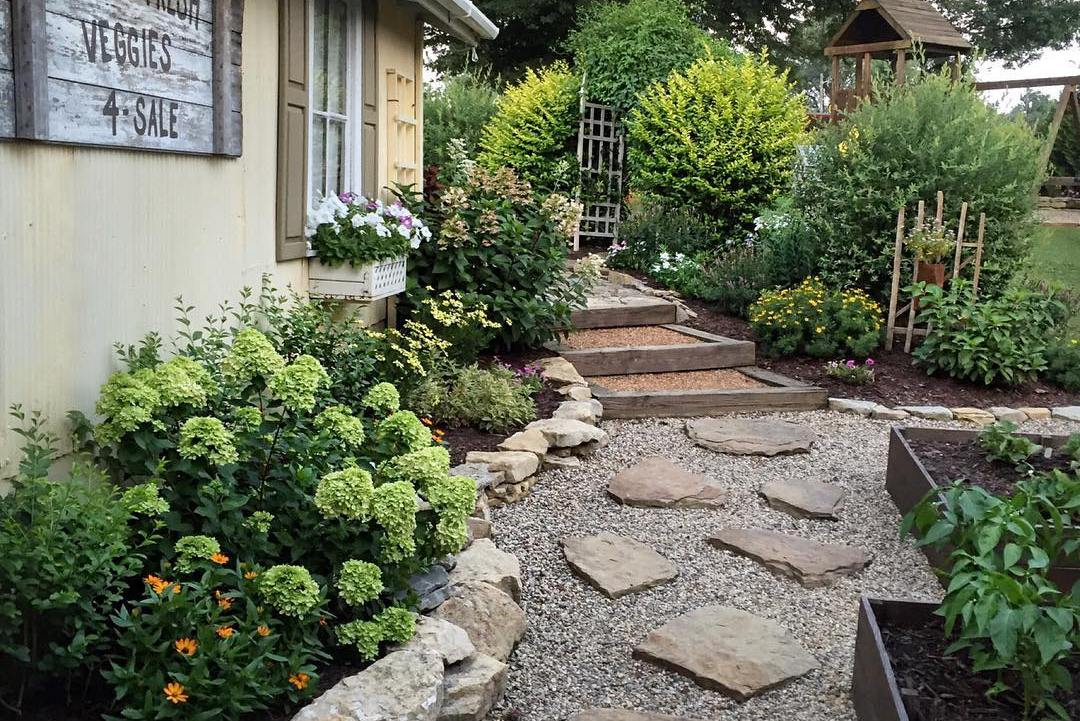 5 awesomely easy landscaping projects