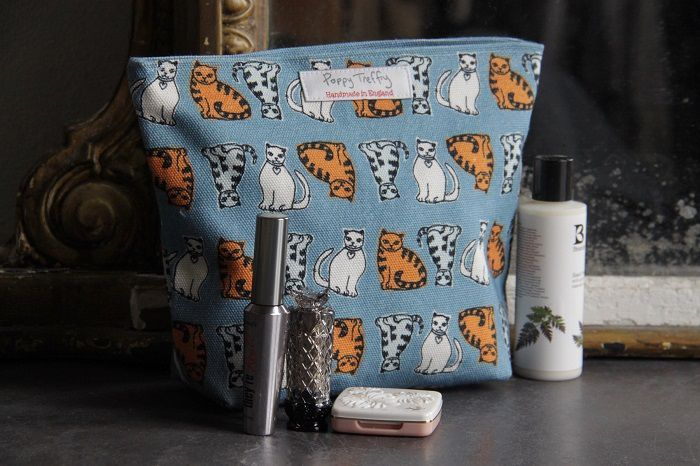 Poppy Treffry Large Make Up Bag Cat