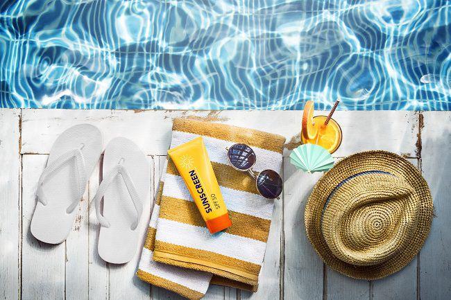 piscina casa giardino estate