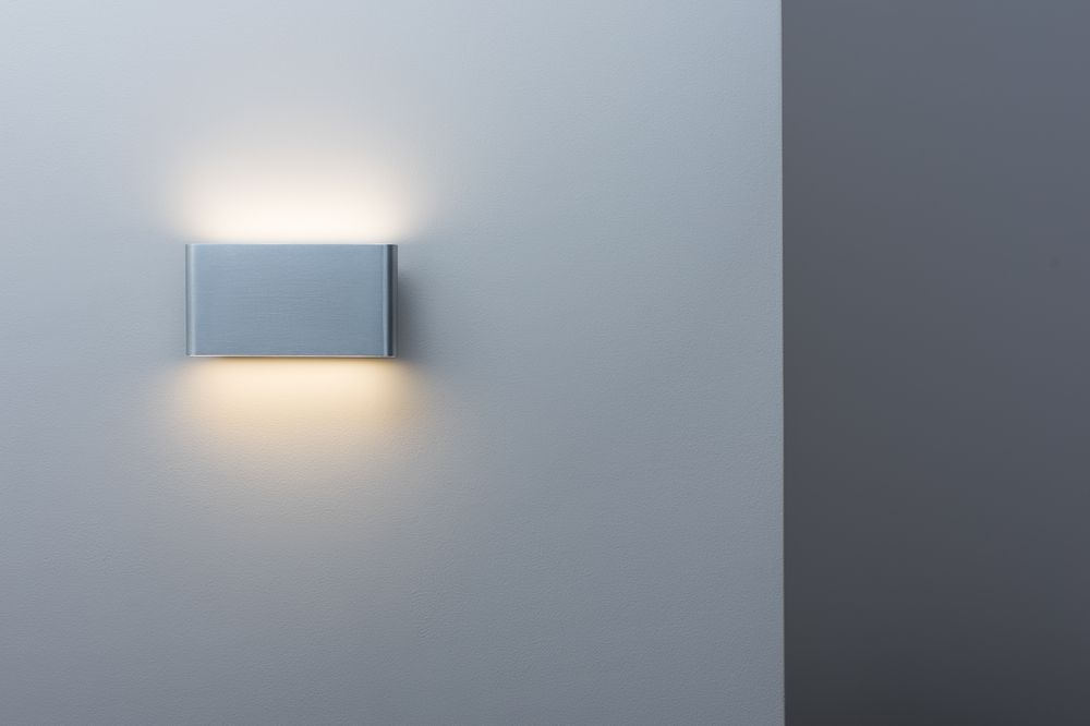 Illumina e valorizza la tua casa con le applique moderne