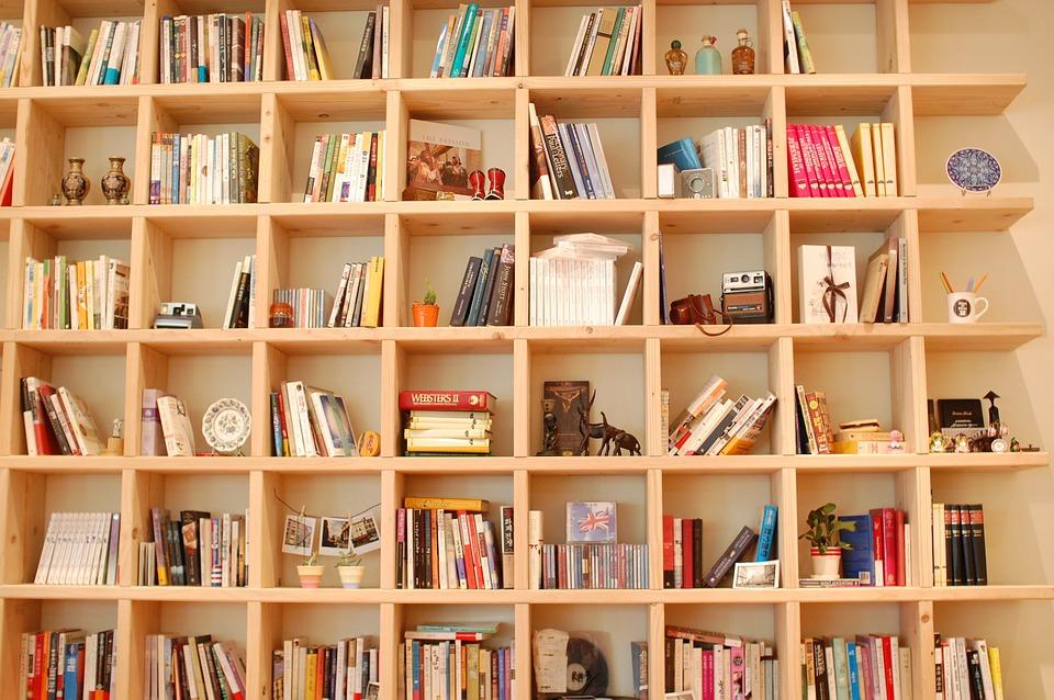 Librerie Mensole Moderne.Librerie E Mensole Moderne Con Cui Arredare Casa