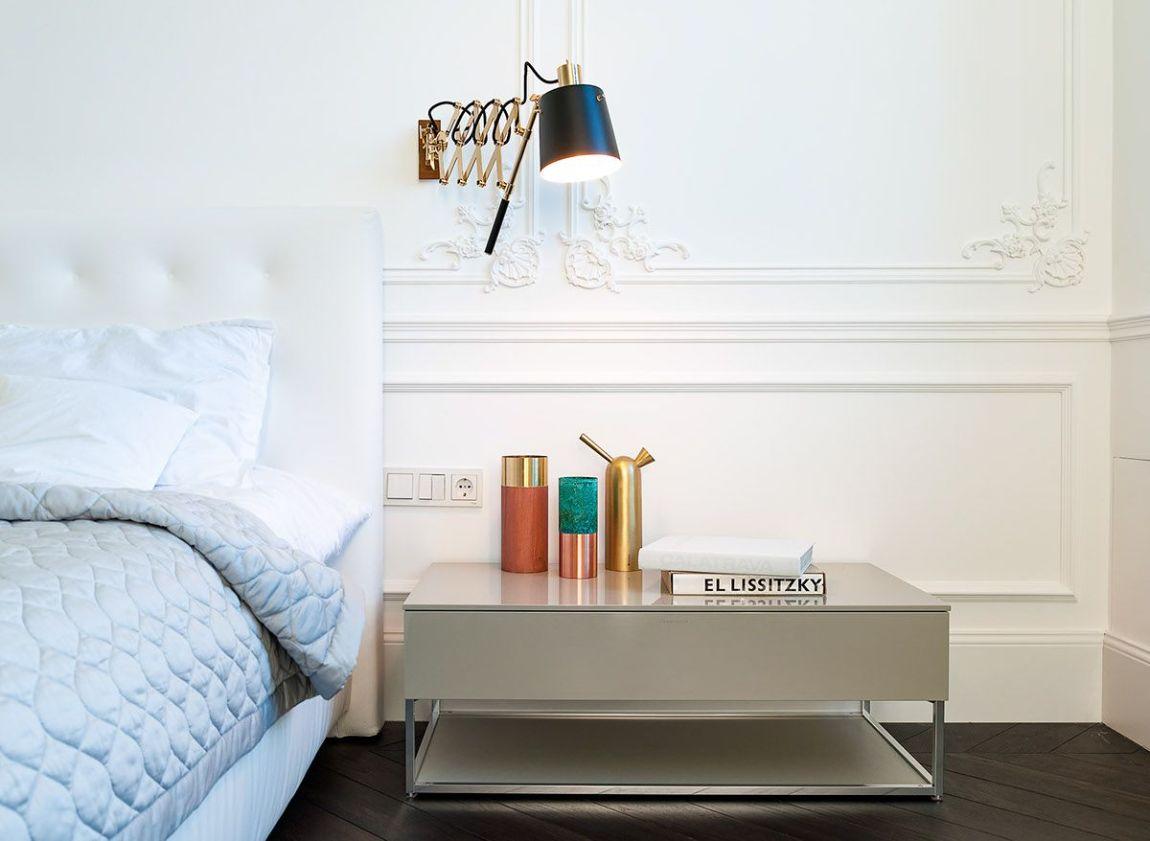 camera da letto luce navy elegante