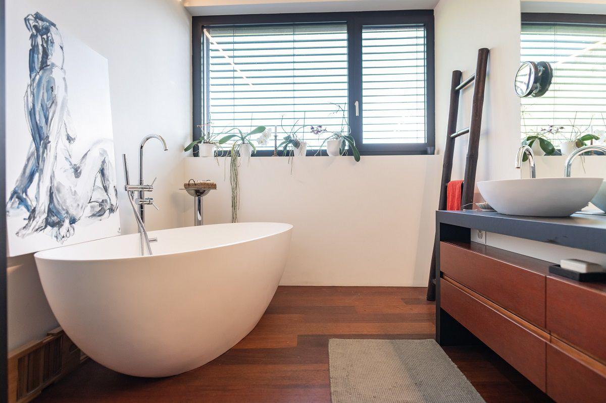 Vasca Da Bagno Enorme come installare la vasca idromassaggio nella tua stanza da bagno