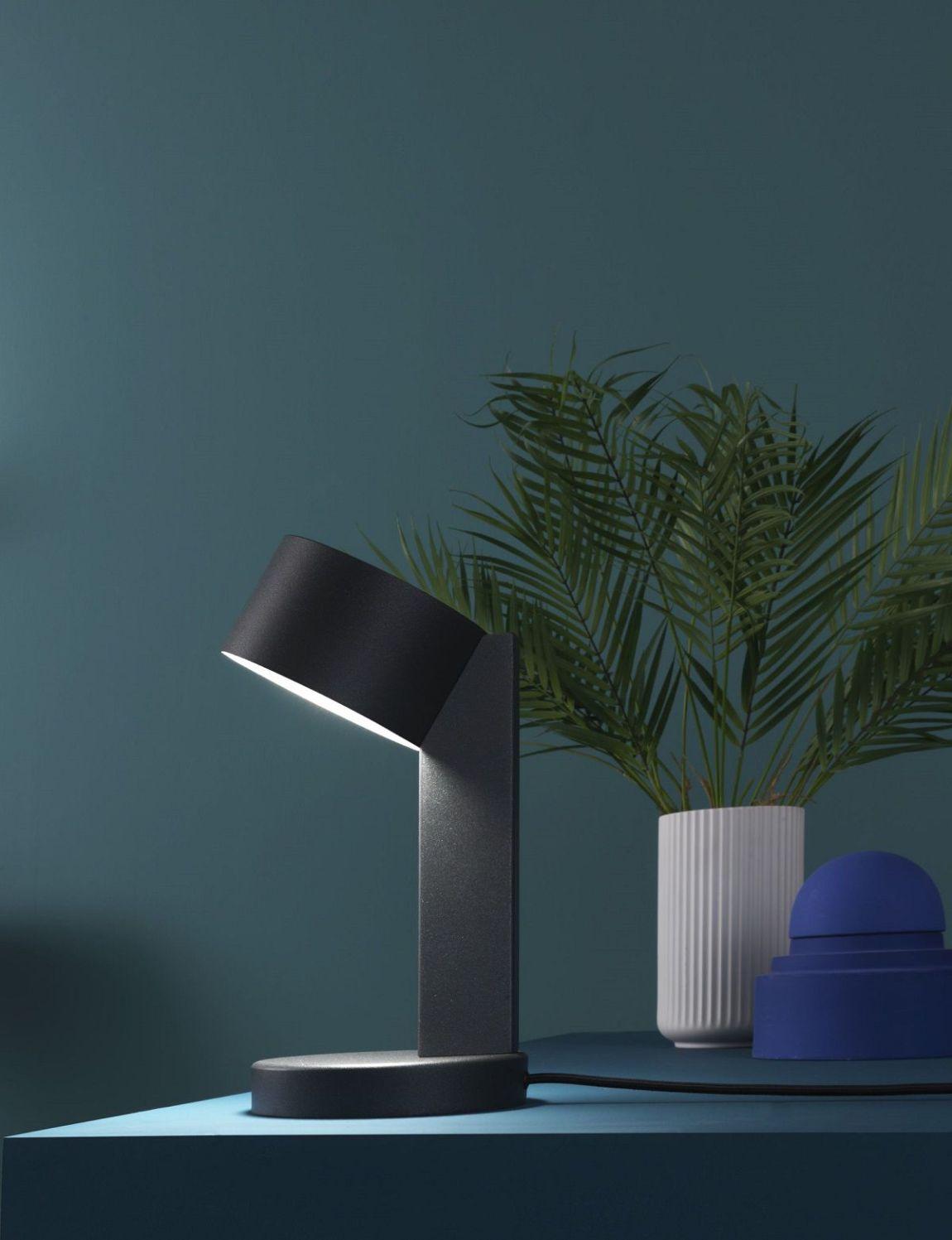 ZAVA REI lampada da tavolo design Alessandro Zambelli