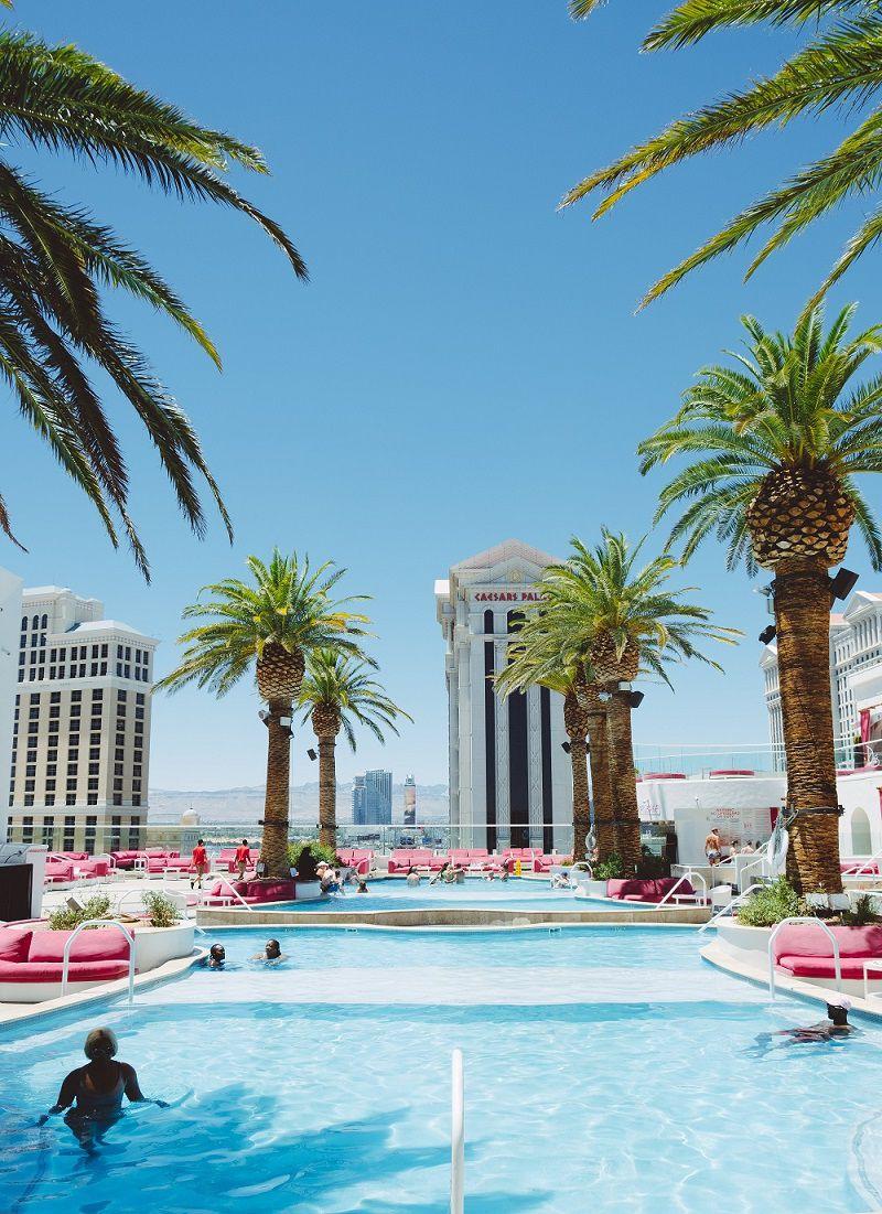 piscine hotel di lusso relax