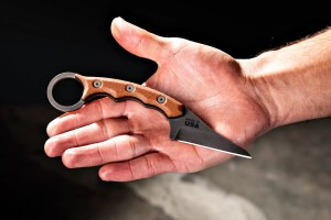 TOPS Poker Knife