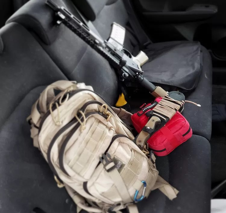 vehicle survival kit