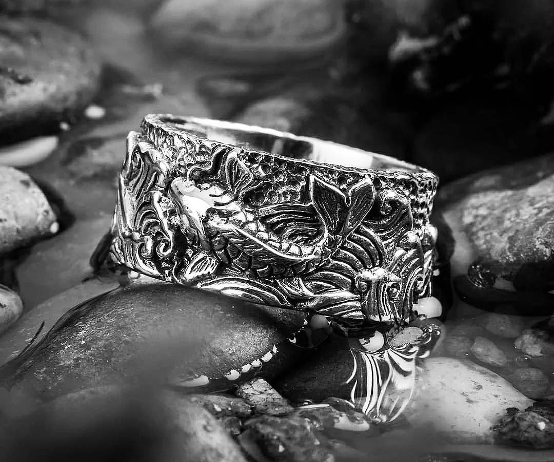 鯉 - silver koi fish ring from Clocks and Colours