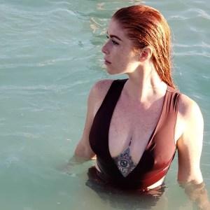 REDhead MILF @julisa.kemps