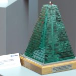 rolls-royce-north-american-award-outstanding-application-continuous-learning-development-glass-steel-sculpture