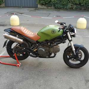 DUCATI MONSTER dark 600 anno 2000