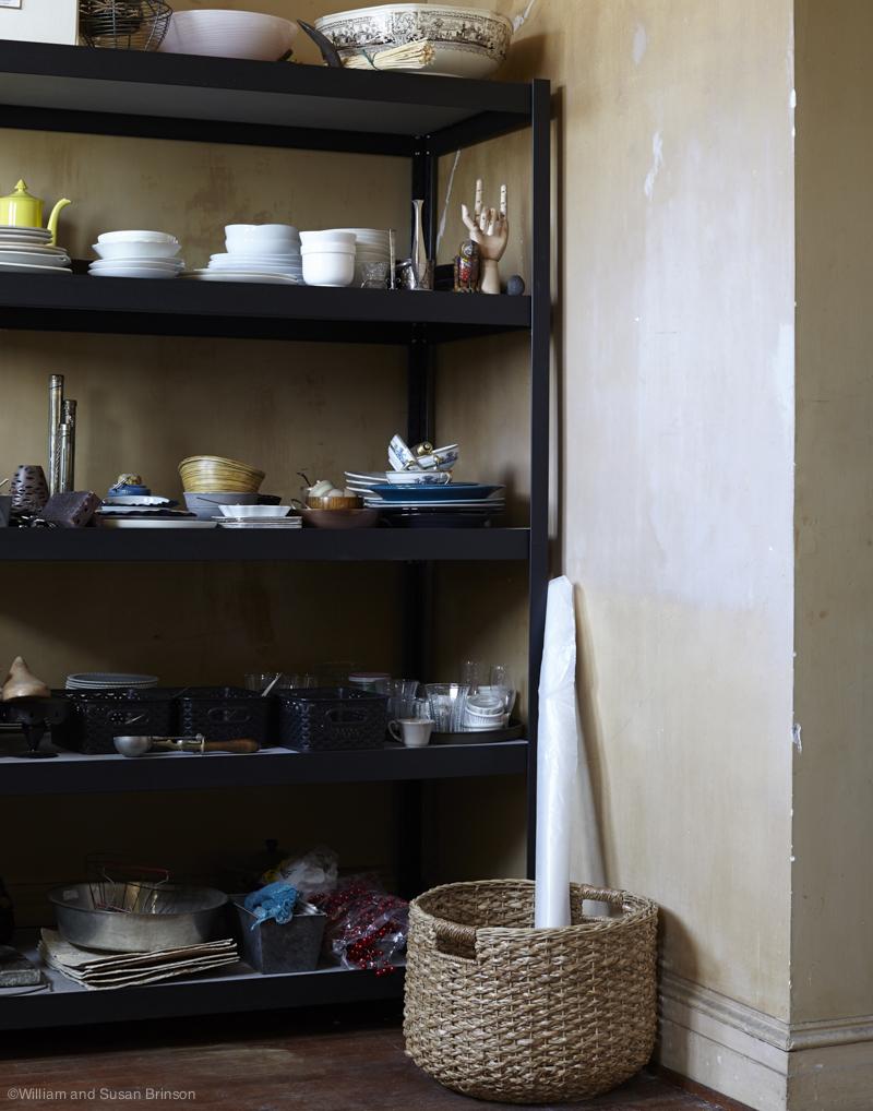 HOB_PropRoom_shelves_Room