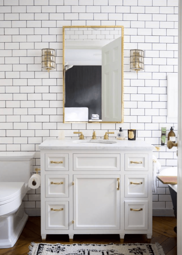 decorating with grey, white and gold