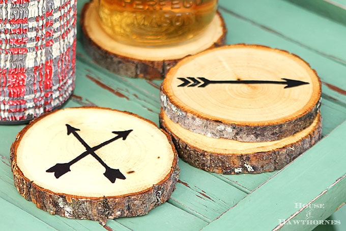 diy arrow wood slice coasters by house of hawthornes