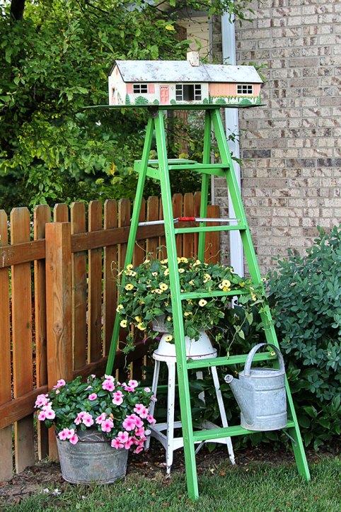 Turn a vintage tin dollhouse into a birdhouse
