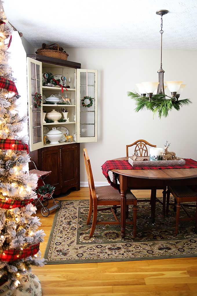 Vintage Rustic Christmas Decorations In The Dining Room