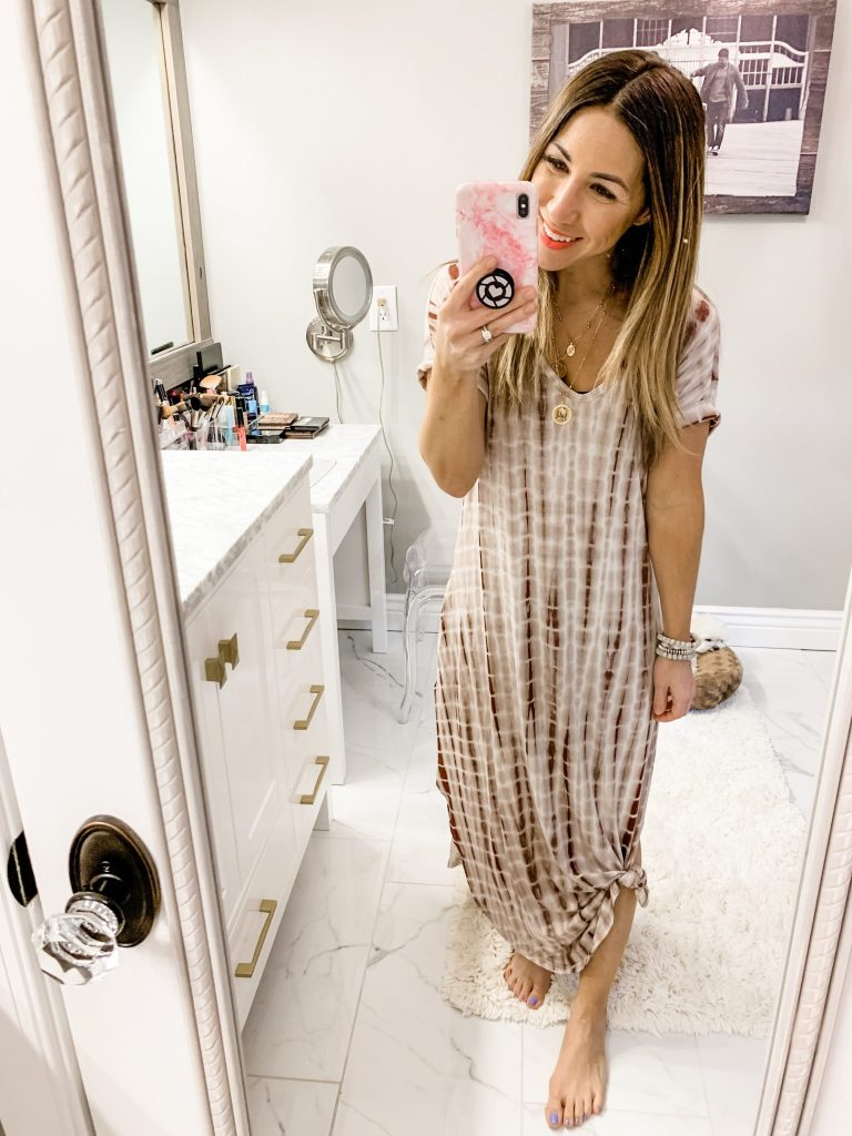 Amazon Haul by top US fashion blog, House of Leo Blog: image of woman wearing MAKEMECHIC Maxi Short Sleeve Split Tie Dye Long Dress