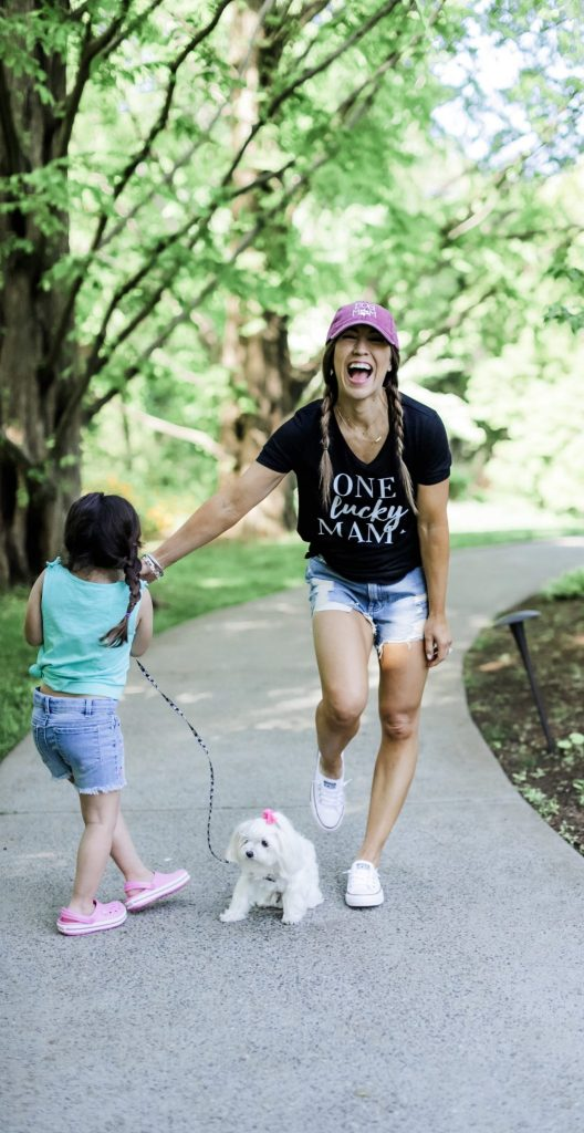 How I Balance Blogging and Being A Mom With Stage Stores by top US fashion blog, House of Leo Blog: image of woman wearing One Lucky Mama t shirt