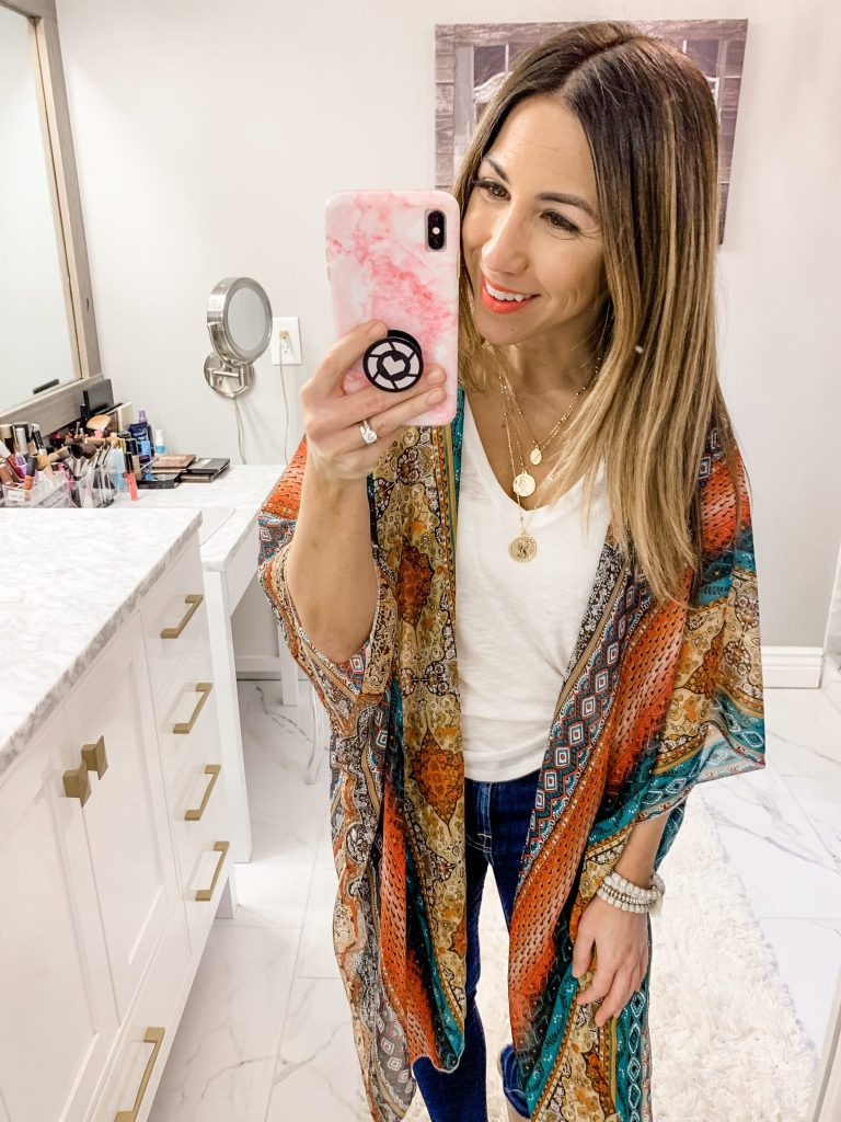 Amazon Haul by top US fashion blog, House of Leo Blog: image of woman wearing HINURA Kimono Paisley Print