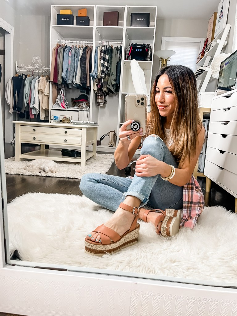 April Top Sellers by top US fashion blog, House of Leo Blog: April top sellers, image of Vince Camuto espadrilles
