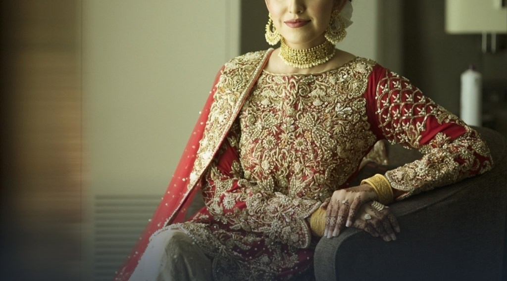 wedding dress, wedding shoes, dulha