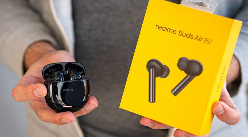 eardots, airpod, iphone earplugs