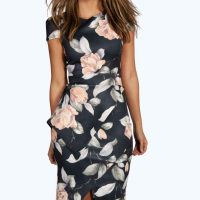 boohoo-black-and-flower-print-assymetric-peplum-dress