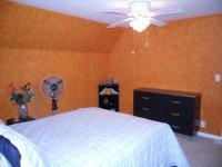 MODERN INTERIOR: Orange Bedroom Paint