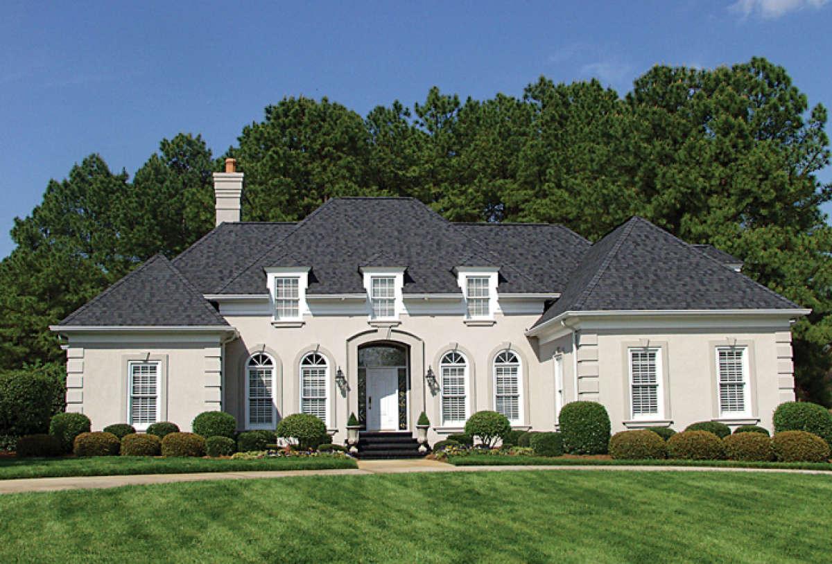 Luxury Plan 2 500 Square Feet 3 Bedrooms 2 5 Bathrooms