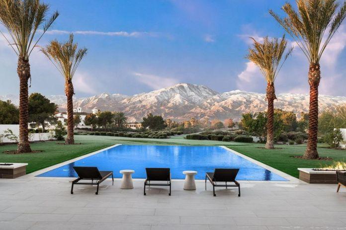 Kourtney Kardashian's new Palm Springs mansion